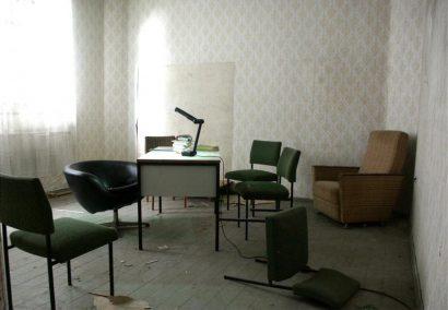 Claudia-Vitari-VICE-VERSA-Studio-2004.jpg